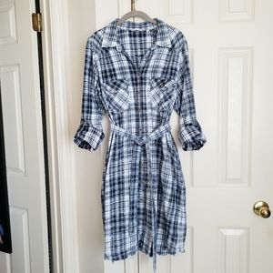 Blue Plaid Shirt Dress/Duster with Pockets! Size L